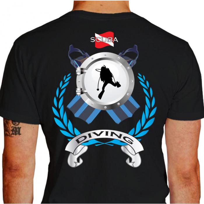 Camiseta - Mergulho - Nadadeiras Escotilha Mergulhador Safo Scuba Diving Costas Preta
