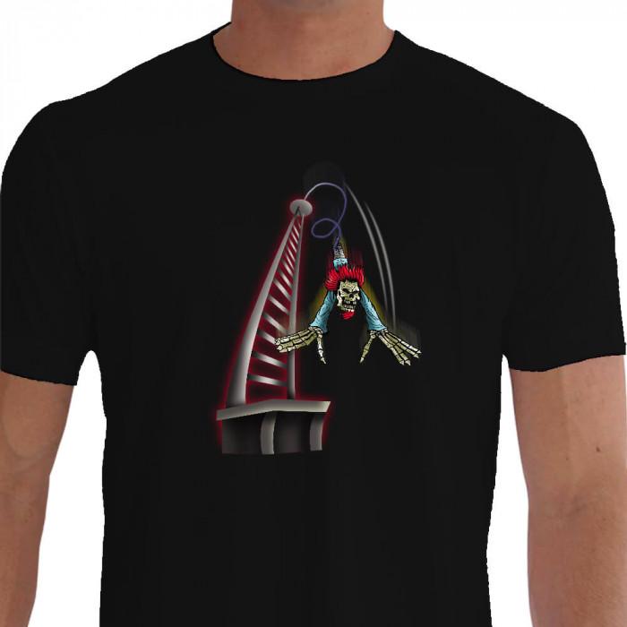 Camiseta - Bungee Jump - Palhaço Radical Louco Saltando Preta