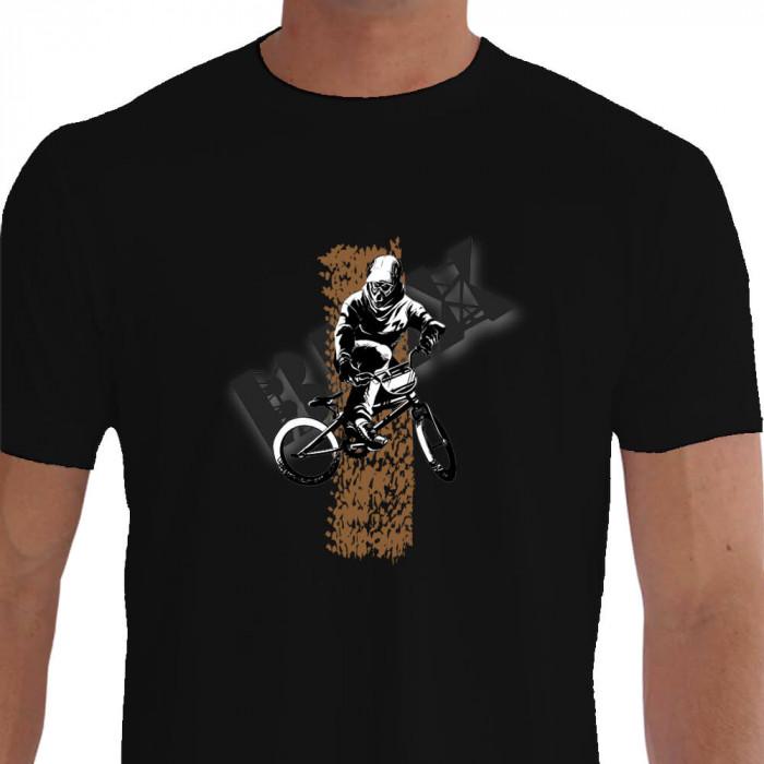 Camiseta - BMX Racing - Marca de Pneu Terra Piloto Saltando de Lado Preta