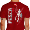 Camiseta - Pesca Submarina - Caçador Peixe e Arpão na Mão Plantas do Mar Bandeira Mergulhador Submerso - vermelha